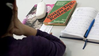 Fellélegezhetnek a nyelviskolák: már ők is tarthatnak személyes jelenléttel járó órát