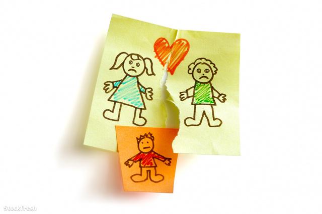 stockfresh 1101041 divorce-and-child-custody sizeM