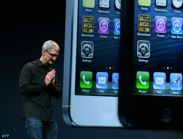 Tim Cook bemutatja az iPhone 5-öt