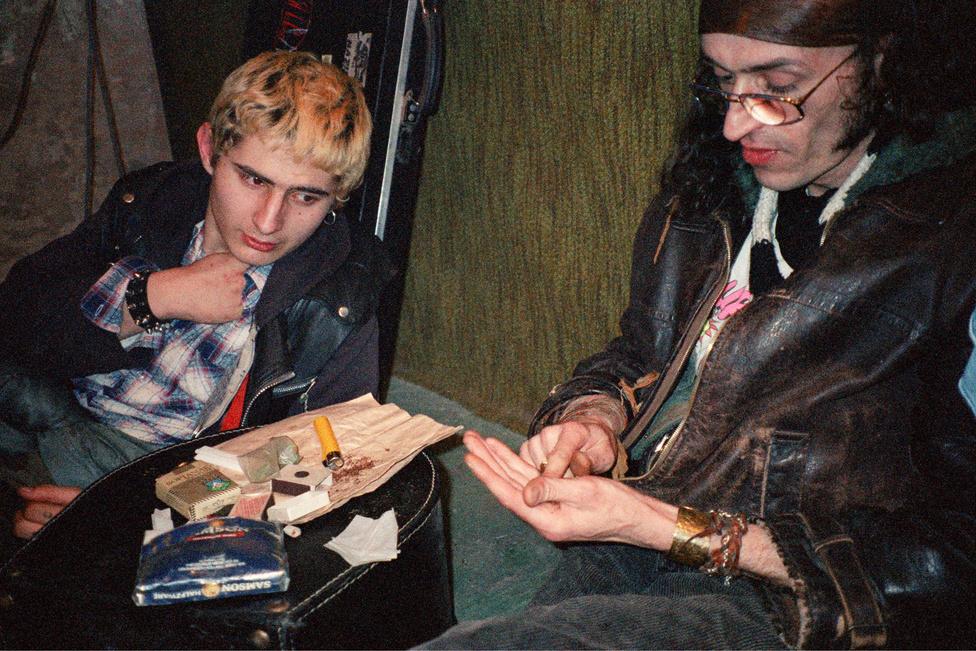 Fekete Lyuk, Budapest, 1990