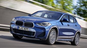 Itt az új hibrid BMW X2-es