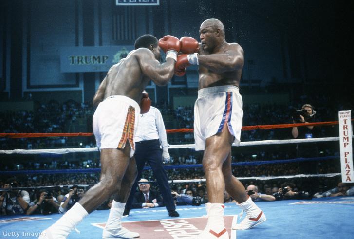 Holyfield 1991-es címvédő mérkőzése George Forman ellen