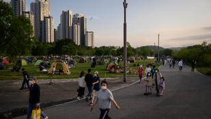 Két hétre bezárnak a múzeumok és a parkok Szöulban