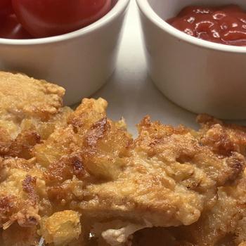 Extra ropogós sült csirkemell – A bundájában kenyérkockák roppannak