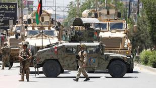 A tálibokat teszik felelőssé az afgán biztonsági erők elleni támadások elkövetéséért