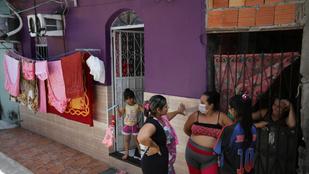 Egy nap alatt 26 500 új fertőzött Brazíliában