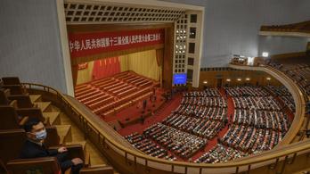 Kína békés úton kíván újraegyesülni Tajvannal, de a katonai megoldás lehetőségét sem veti el