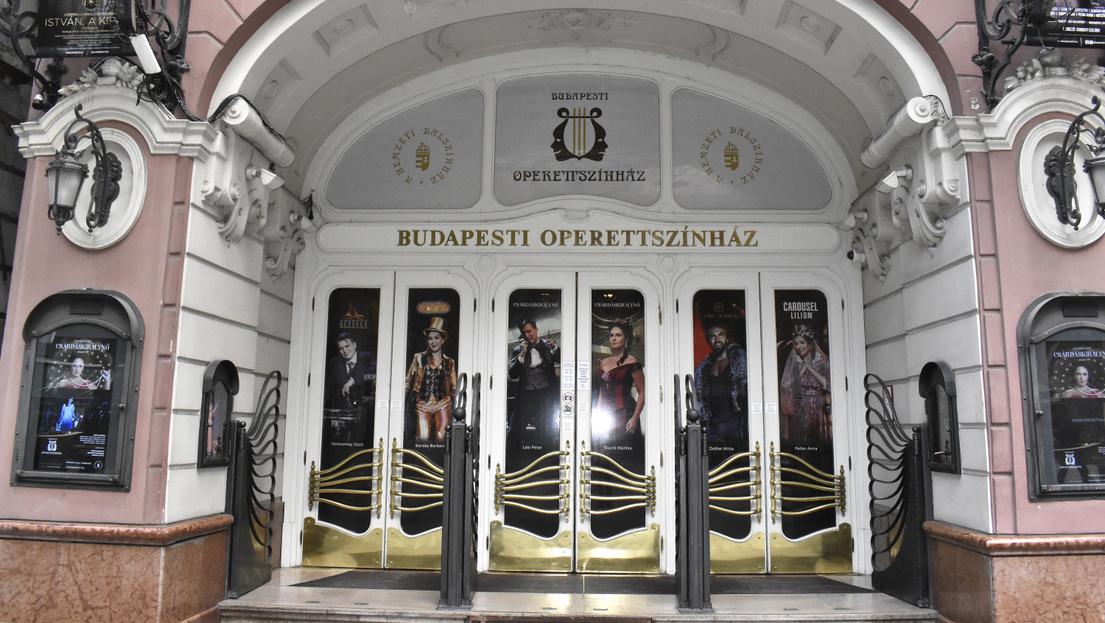 Megalázásra, zaklatásra panaszkodnak az Operettszínház munkatársai
