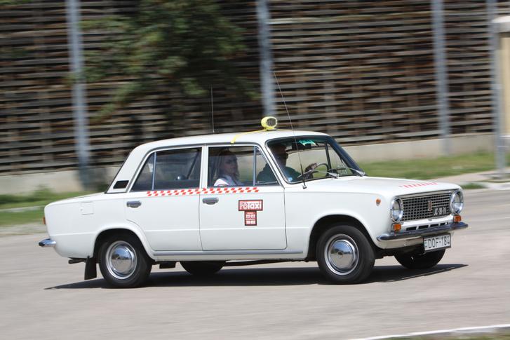 Taxikról volt szó tíz éve, most inkább a taxizásról lesz szó
