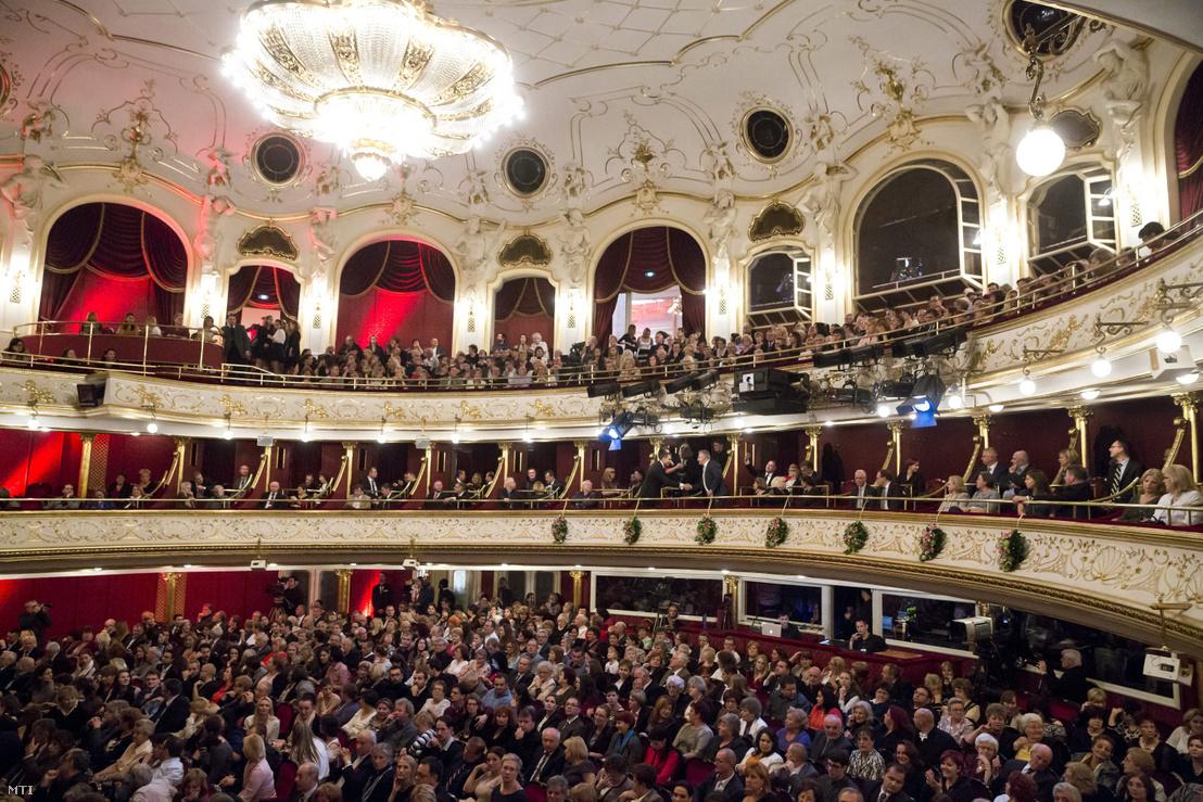 Közönség a Budapesti Operettszínházban