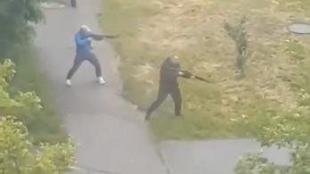 Száz rivális fuvarozó kezdett el egymásra lövöldözni Kijev mellett