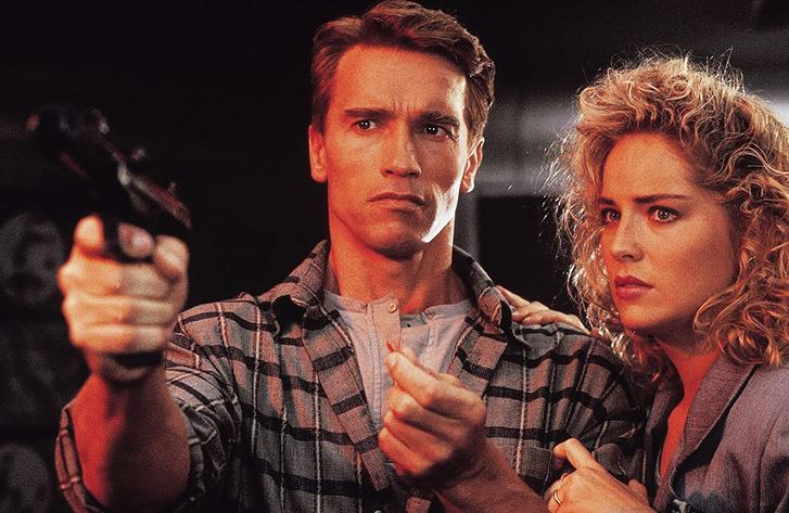 Arnold Schwarzenegger és Sharon Stone