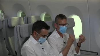 Megfelelő intézkedésekkel elenyésző lehet a fertőzésveszély a repülőkön