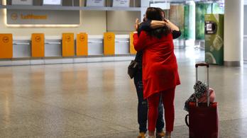 Kétszáz német tért vissza Kínába a korlátozások enyhítése után