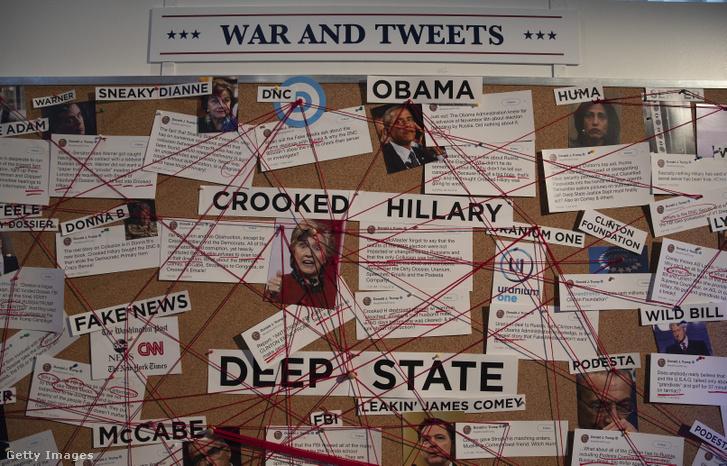2019 nyarán Washingtonban egy kiállítás is foglalkozott az elnök Twitter-életével, The Daily Show Trevor Noah prezentálásában: Donald J. Trump elnök Twitter Könyvtára címmel