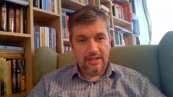 Hadházy: Összejött a pénz a dudálós tüntetésen kiszabott büntetésekre