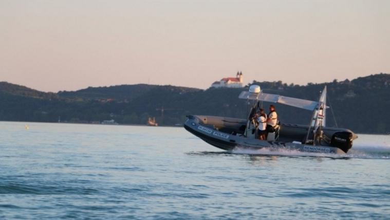 A balatoni vízirendőrök egy nap alatt 11 embert segítettek partra