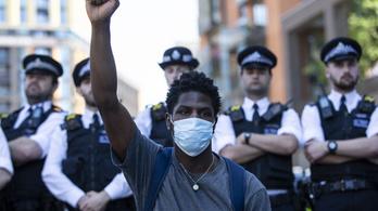 Európában is tüntetnek George Floyd halála miatt