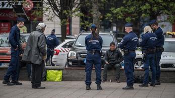 Fokozott rendőri ellenőrzést rendeltek el a nyárra a fél országban