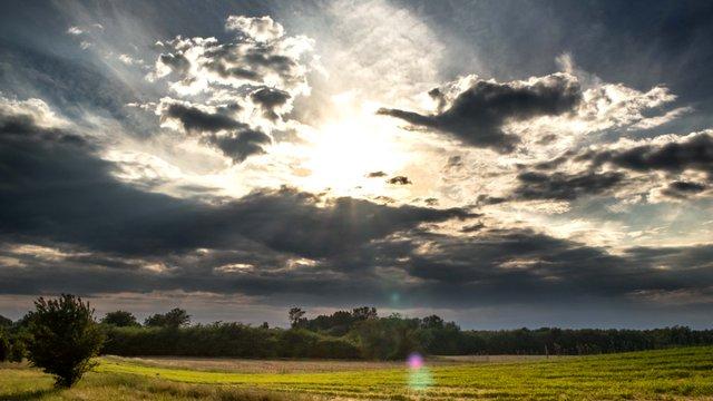 Felhőkkel teli május fotósorozat
