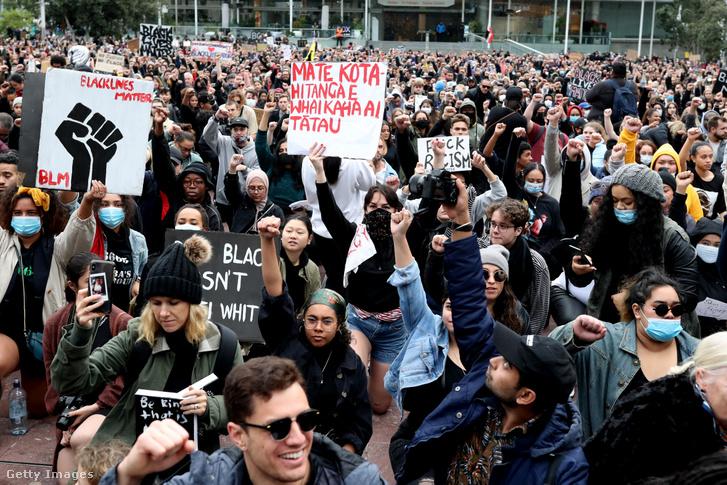 Auckland-i tömegek június 1-jén
