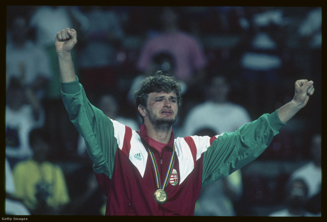 Kovács Antal az aranyérmével a barcelonai olimpián 1992-ben