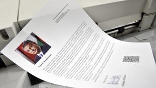 Véglegesítették a nemzeti konzultációs kérdőívet, hamarosan postázzák őket