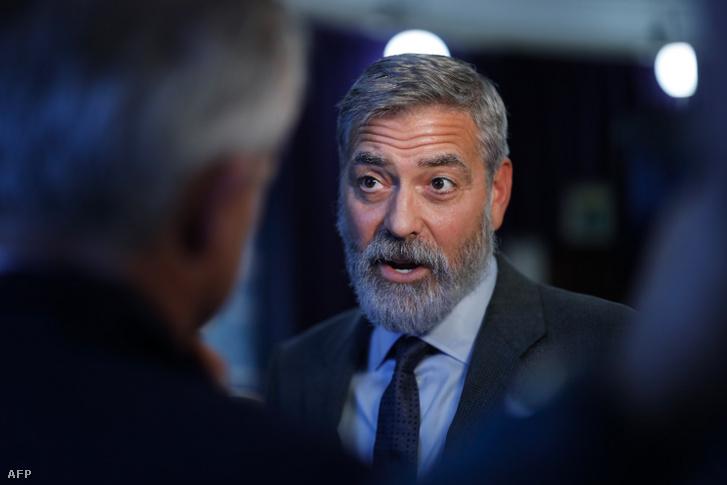 George Clooney 2019-ben Londonban, egy dél-szudáni atrocitásokról szóló konferencián.