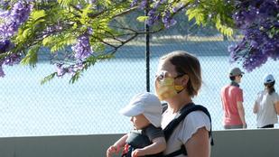Elijah Woodék kisbabája is sétált egyet a hétvégén