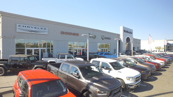 San-Leandro-Chrysler-Dodge-Jeep-Ram