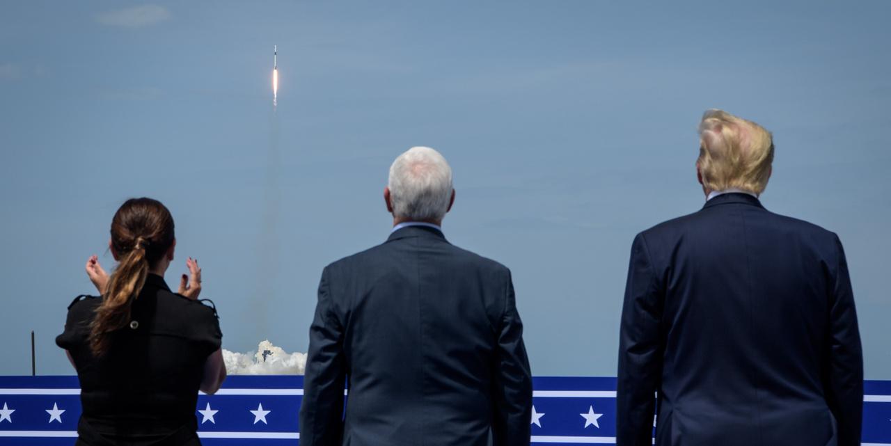 A startot megtekintette Donald Trump, az Egyesült Államok elnöke, az alelnök Mike Pence és felesége Karen Pence is.