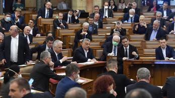 Lebutított és kifacsart klímatörvényeket fogadott el a Fidesz