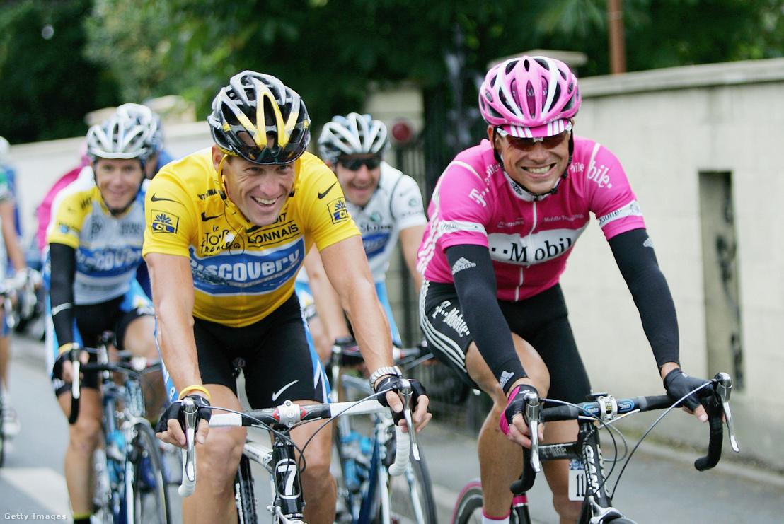 Lance Armstrong és Jan Ullrich a 2005-ös Tour de France-on