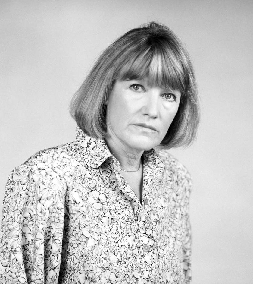 Földi Teri színésznő 1987-ben a a Vígszínház színművészekét