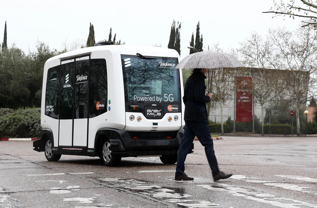 Az Ericssonnal együttműködésében fejlesztett 5G hálózaton alapuló önvezető autót tesztelnek Spanyolországban 2018-ban.