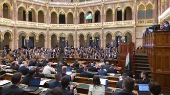 A DK nem megy el az Országgyűlés trianoni emlékülésére
