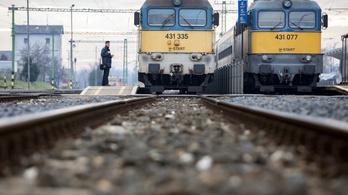 Eltévedt egy vonat, a Nyugati helyett Rákosrendezőn kötött ki
