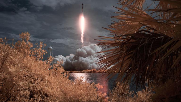 Így tért vissza a NASA a SpaceX hátán az űrállomásra