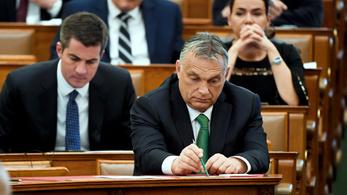 Ötven forinttal csökkent Orbán Viktor fizetése