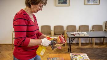 Járványokról és kenyérsütésről szóló könyveket vásároltunk, de a könyvpiac helyzete tragikus