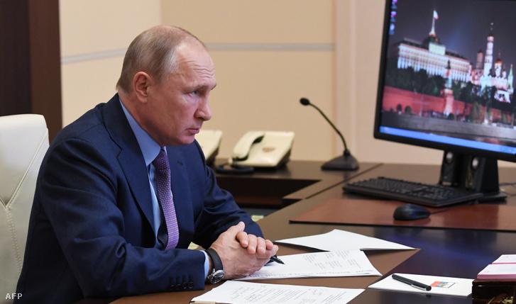 Putyin azt mondta, dühös, amiért csak két nappal később értesültek a balesetről.