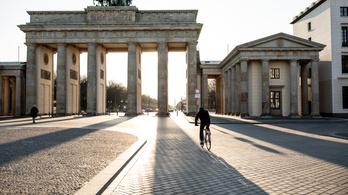 A németek áfacsökkentéssel, családtámogatással és az autóvásárlás támogatásával ösztönzik a gazdaságukat