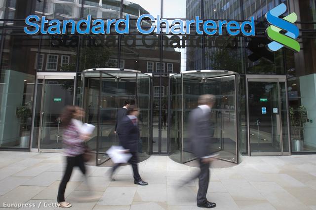 5,5 milliárd dolláros pénzbüntetésre számíthat a Standard Chartered Bank, miután megvádolták, hogy tiltott ügyleteket folytat Iránnal