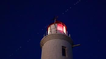 Újabb 60 csillagot helyezett az égboltra a SpaceX