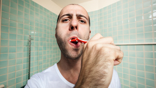 A volt férjem csak heti pár alkalommal mosott fogat