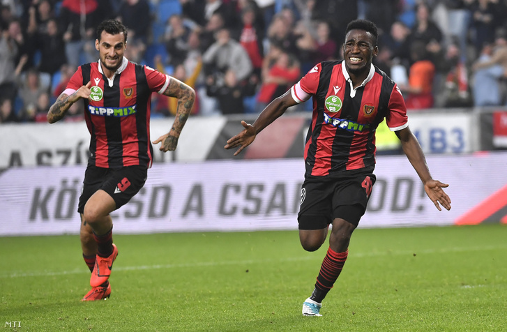 A kispesti Amadou Moutari örül miután gólt szerzett az OTP Liga 10. fordulójában játszott Budapest Honvéd FC - Kaposvári Rákóczi FC bajnoki labdarúgó-mérkőzésen az Új Hidegkuti Nándor Stadionban 2019. október 26-án.