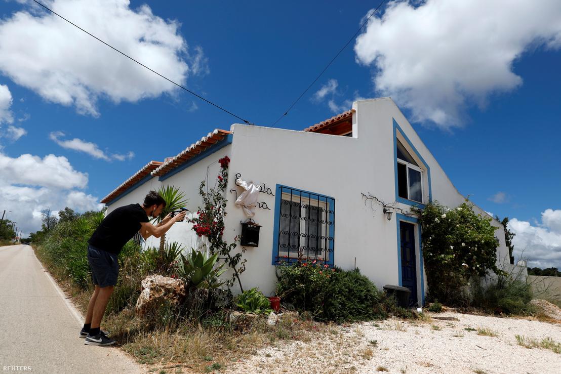 Egy a férfihez köthető ház a portugáliai Praia da Luz üdülőhelyen