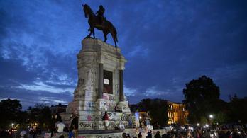 Virginia eltávolítja központjából a rabszolgatartás szimbólumát