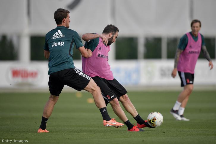 Gonzalo Higuaín a Juventus edzésén.