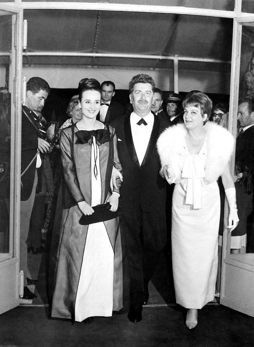 Nagy Anna, Ranódy László filmrendező és Tolnay Klári 1964 májusában a Pacsirta című magyar film bemutatóján a cannes-i nemzetközi filmfesztiválon
